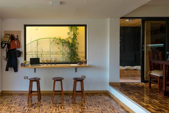 LOS REYES. Departamento completo moderno