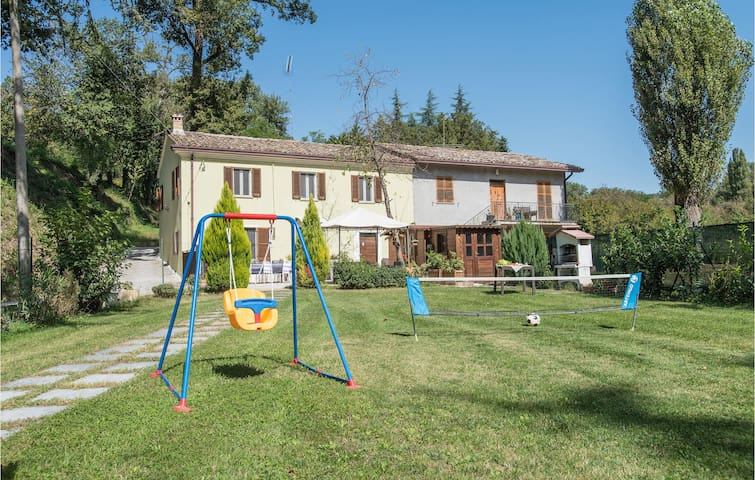 Semi-Detached with 4 bedrooms on 110m² in Casinina