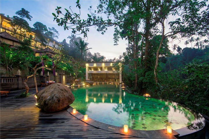PROMO ! STUNNING VALLEY View private pool villa