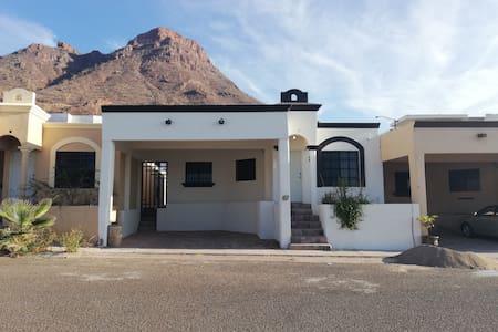 Casa completa en Guaymas 5 min a la playa