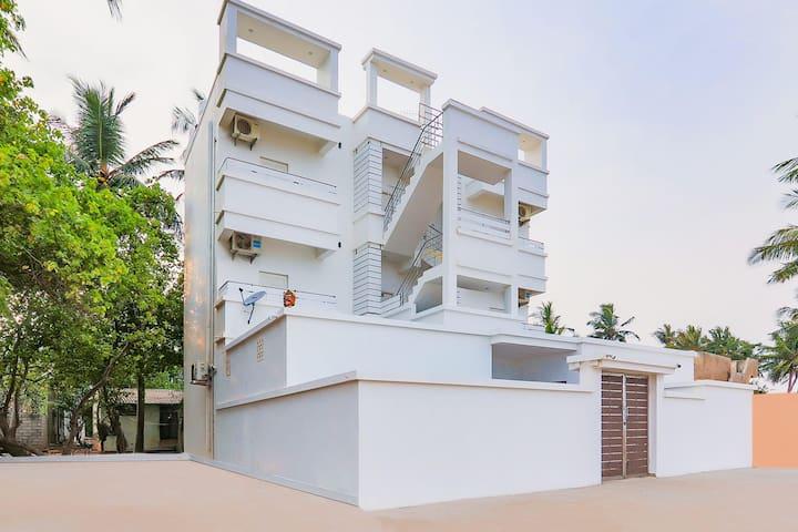 Sea-View 1BR Homestay in Pondicherry-Flash Sale!