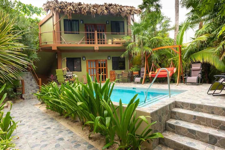 Sandcastle Guest/Pool House Apartment P Taxes Incl