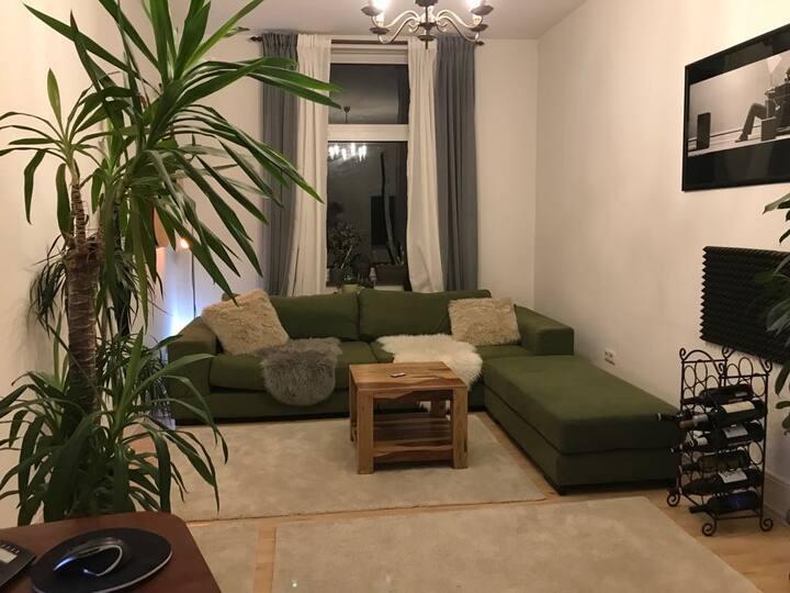 Schönes Zimmer in Frankfurt-Bornheim