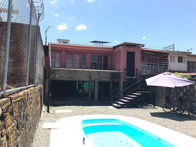 Casa Amador Puntarenas, barrio El Cocal. - Provincia de Puntarenas - House