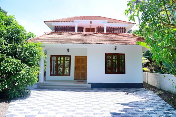 Angel House Kovalam - Kerala - Rumah