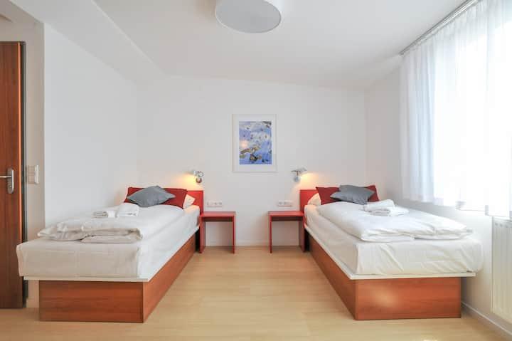 Doppelzimmer gehobener Standard