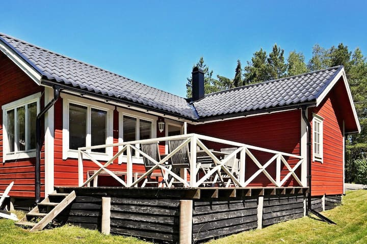 6 person holiday home in NORRTÄLJE