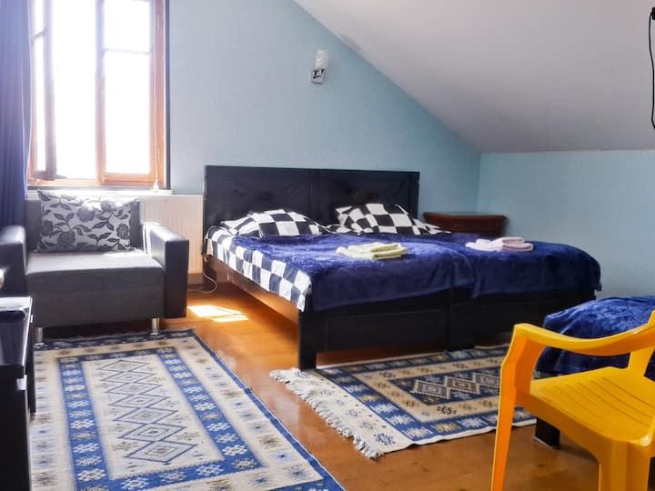 Guesthouse Mtskheta-Kapanadze, семейный люкс