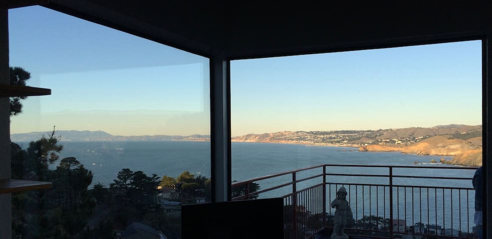 SF Ocean Views-Pedro Pt.-Pacifica-1Bed Penthouse - Pacifica - House