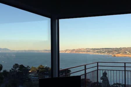 SF Ocean Views-Pedro Pt.-Pacifica-1Bed Penthouse - Pacifica - Haus