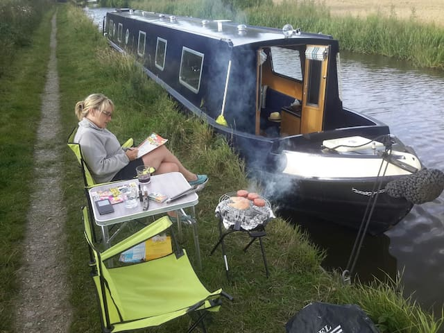 Canal Narrowboat Holiday for up to 8 people - Penkridge - Boot