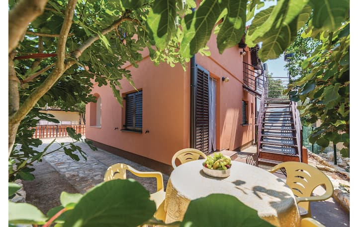 Amazing home in Pavicini with WiFi and 2 Bedrooms