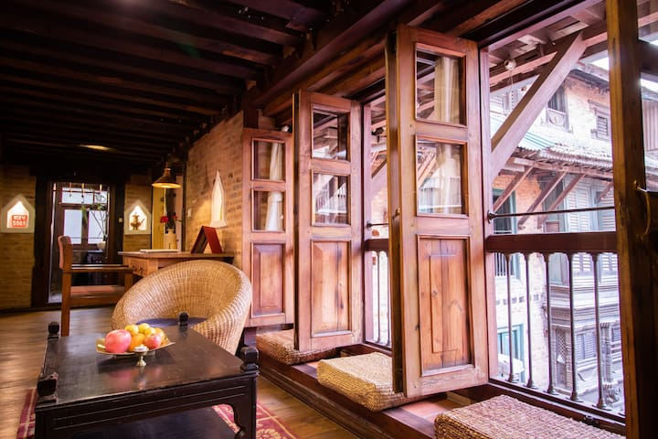 Flat in beautiful Newari house - Charming!