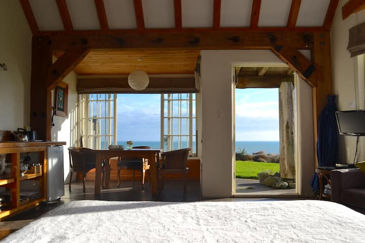 Ahu Ahu Beach Villas, Studio Villa