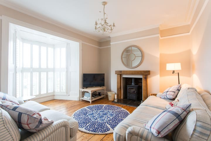 Boutique Cottage, heart of Mumbles - The Mumbles - Casa