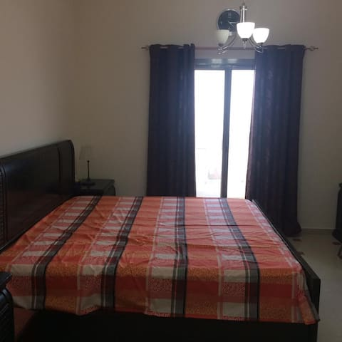 Fully equipped private room at affordable price