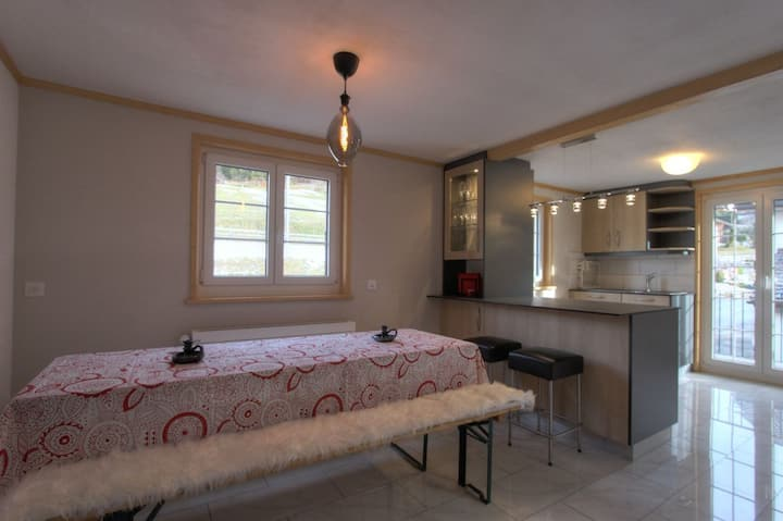 Appartement Tondela, (Château-d'Oex), 2 chambres à coucher, 64m2, 4 personnes