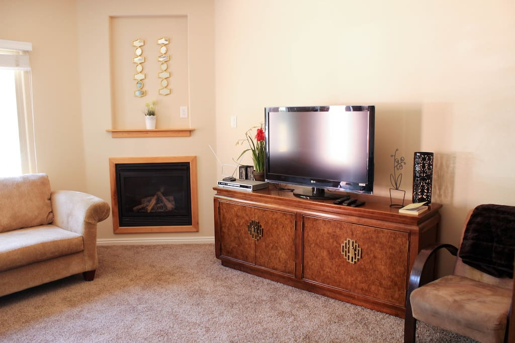 The TV includes an amazon fire stick, which allows the guest free access to hundreds of shows and movies, as well as access to Netflix and Hulu (though for those sites you'll need your own account).
