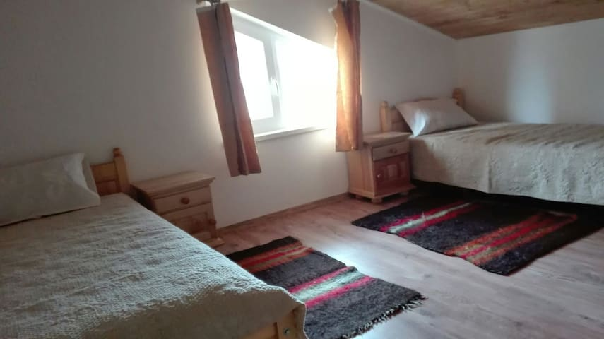 Third floor twin bed bedroom - Bansko - House