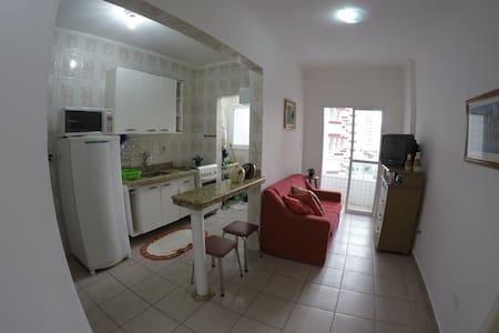 APTO PRAIA GRANDE!! CARNAVAL DISPONIVEL =) - Praia Grande - Apartmen