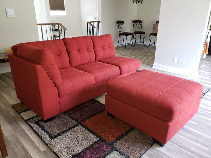 1 bedroom available for up to 2 guests.