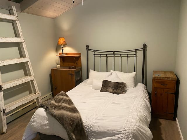 Queen super comfy bed - ample cabinets and shelving for your personal use