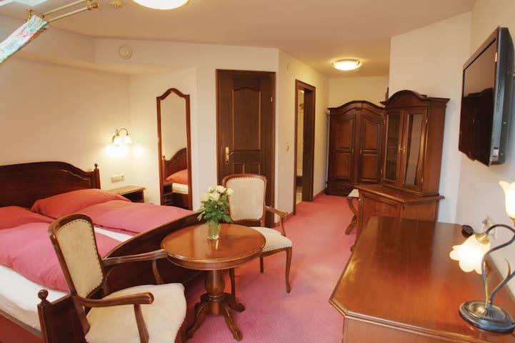 First Class Hotel WG - Living like Home