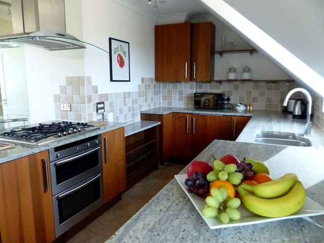 Basingstoke Apartments - St Raphael House 1 bed - Basingstoke