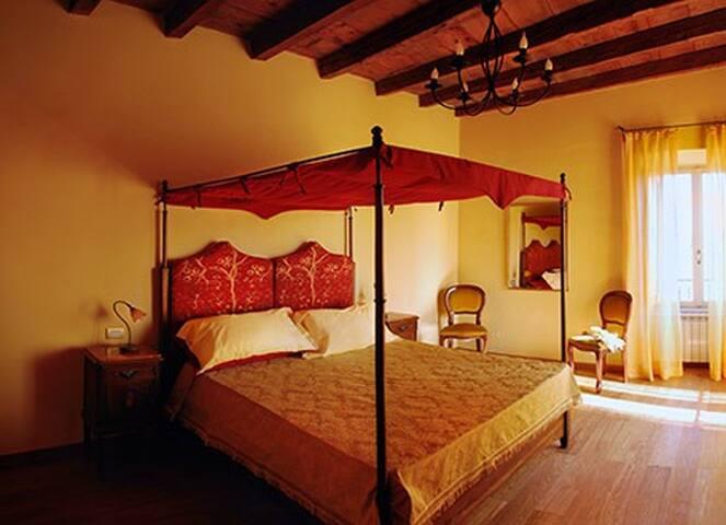 Antica Maison B&B -  Stanza privata 'Ambra' - Loreto - Pousada