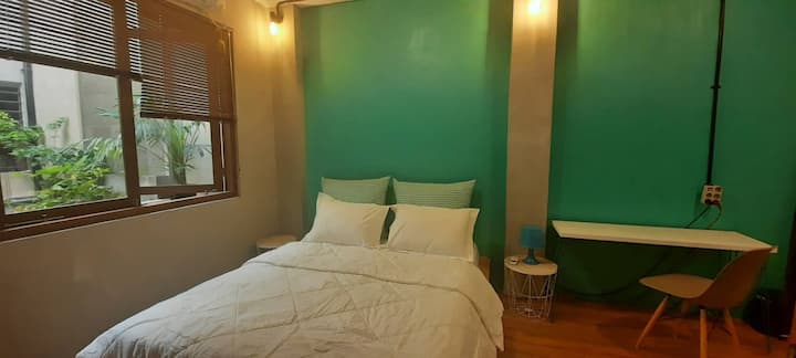 LIVING.IN.PA100 TOSCA ROOM