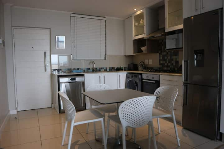Holiday 3 bedroom apartment in Durban Musgrave