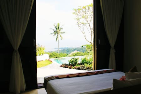 B & B - Villa Cantik - The Hill - Senggigi - Batu Layar