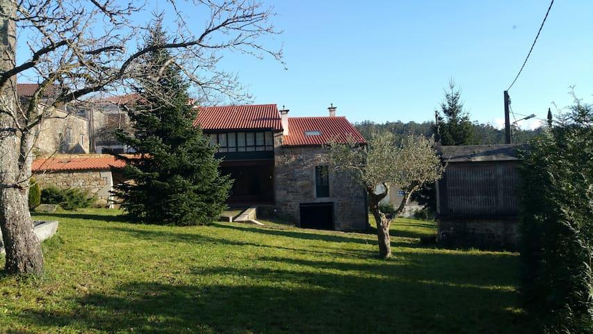 Bonita casa de turismo rural en Negreira