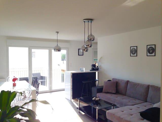 Bel appartement  coeur des alpilles - Eyragues - Huoneisto