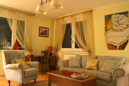 Charming apartment in Tuzla - Tuzla