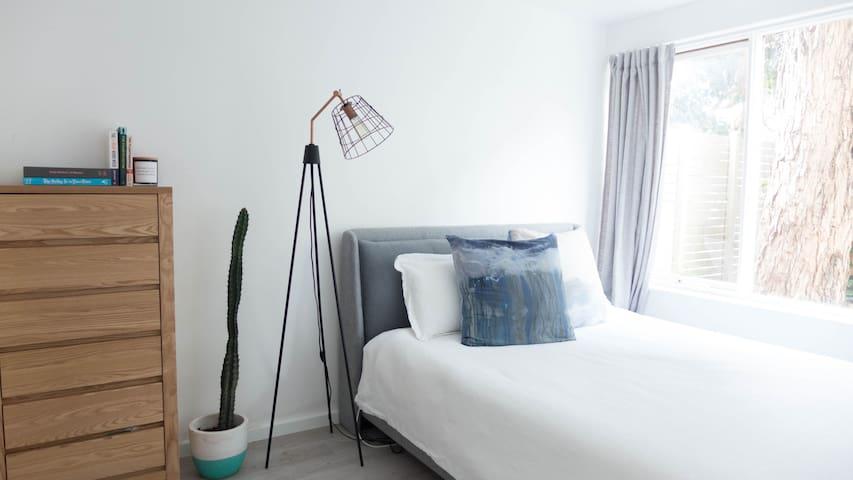 Beautiful & Bright Middle Park Apartment - Middle Park - Apartment