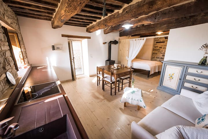 Appartamentino rustico a Villa Maindi