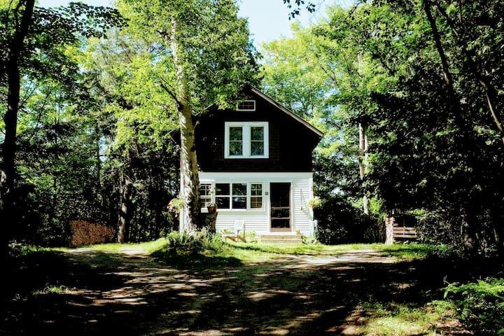 Poppy Hill Cabin