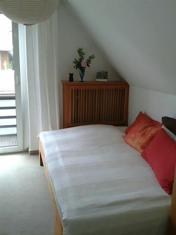 Gästezimmer in Privathaushalt - Meppen - House