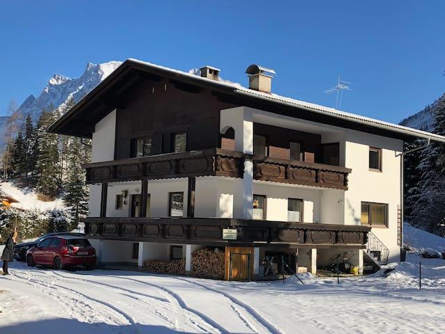 Apartment- Haus Sonnenspitze -Zugspitzregion