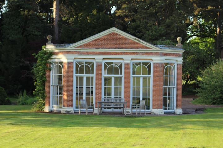The Orangery, Henley Hall, a tranquil get away! - Ludlow - Huoneisto