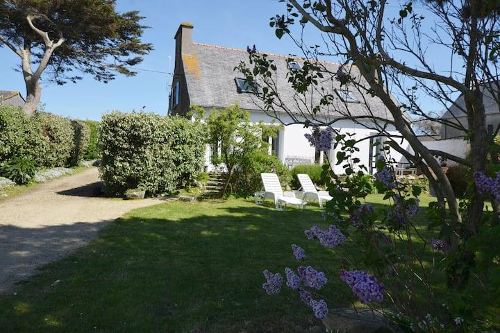 Charming seaside house, 6 people