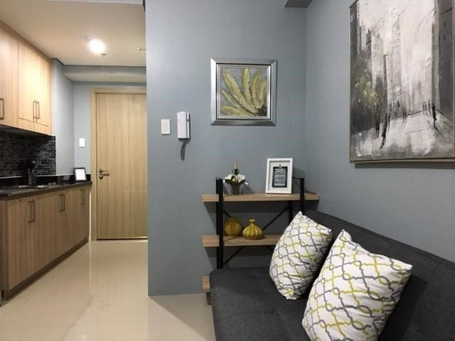 1BR Condo at Shore Residence across SM MOA