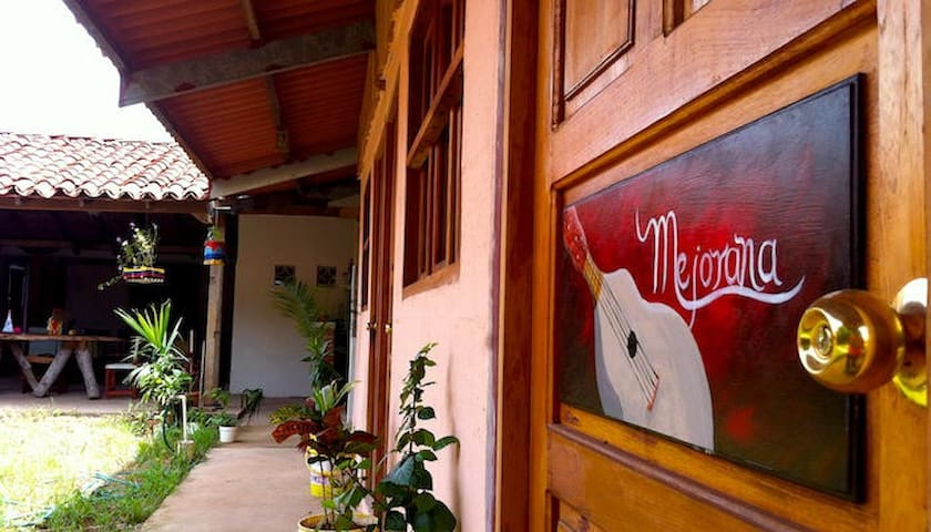 Tradition and culture in La Villa de Los Santos - La Villa de los Santos - Bed & Breakfast