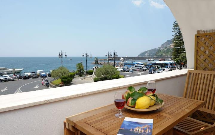 Casa Delfina in Amalfi Coast, sea view