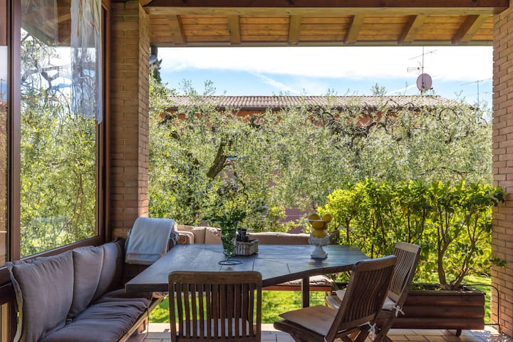 B&B  ULIVI CAMERA PEONIA GARDA LAKE - Padenghe Sul Garda - Bed & Breakfast