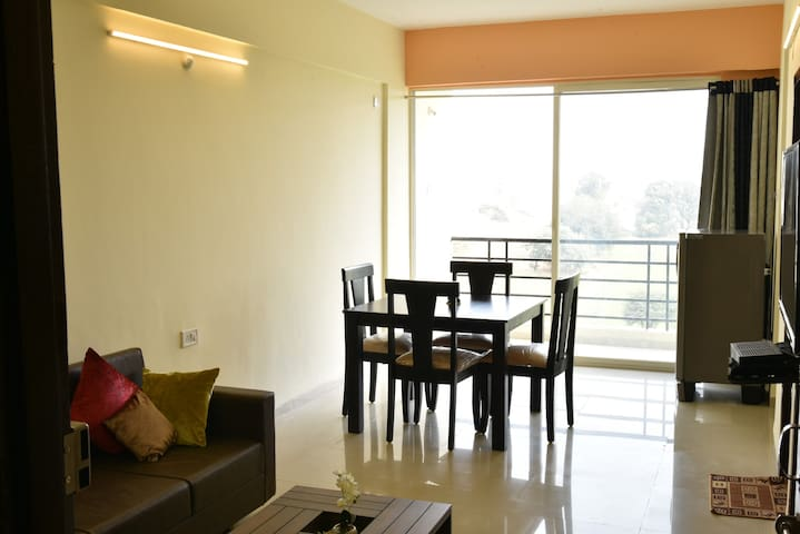 StayEden Service Apartment 2 - Indore - Pis