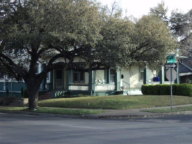 Bienvenida House - Waco