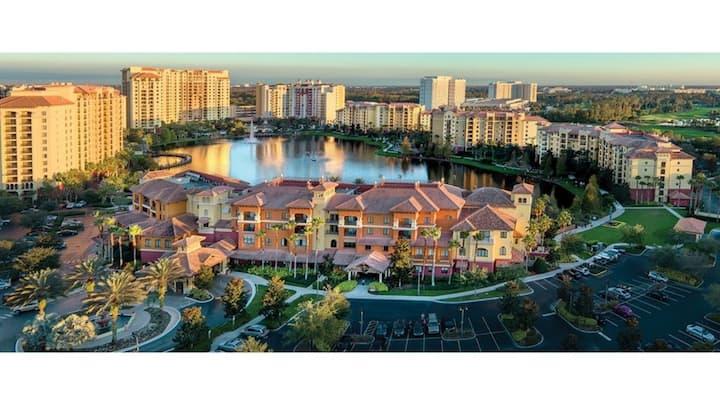 One Bedroom Luxury Condo, Orlando (A382)