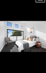 Luxury residence, brand new build - Caringbah South